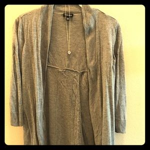 🍋Torrid Light Grey Lattice Split Back Cardigan 💜